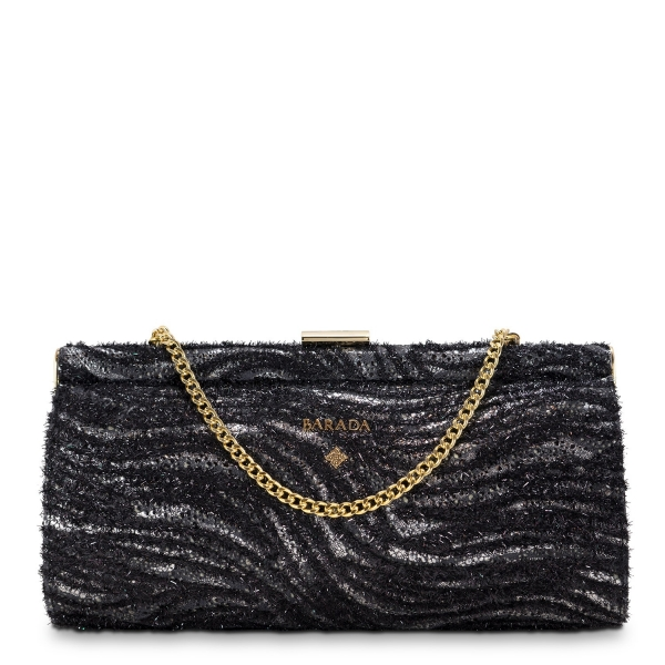 Clutch Handbag from our Amatista collection in Lamb Skin and Black color