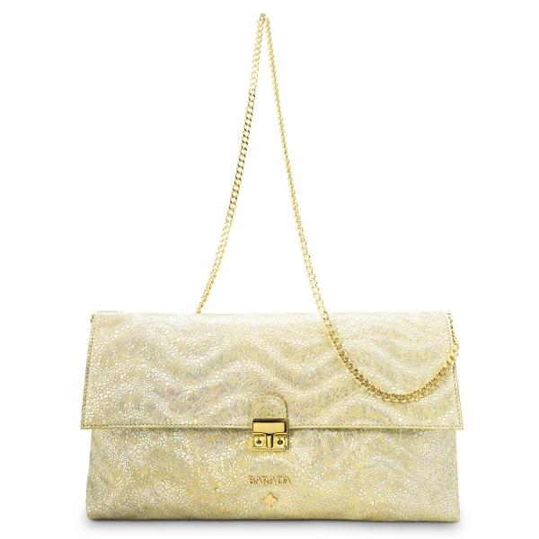 Bolso Clutch de la colección Dama Blanca en Piel Cordero y color Oro. Versión sin Borla de adorno.
