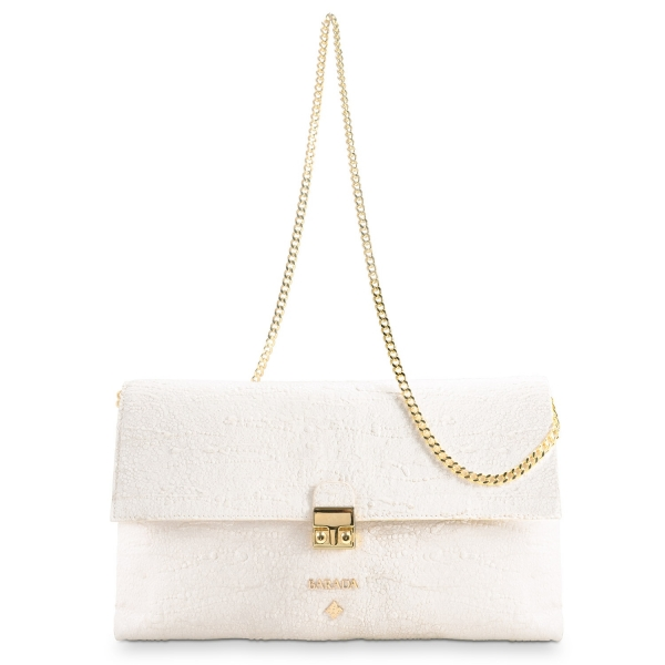 Clutch Handbag from our Dama Blanca collection in Lamb Skin and Beige color