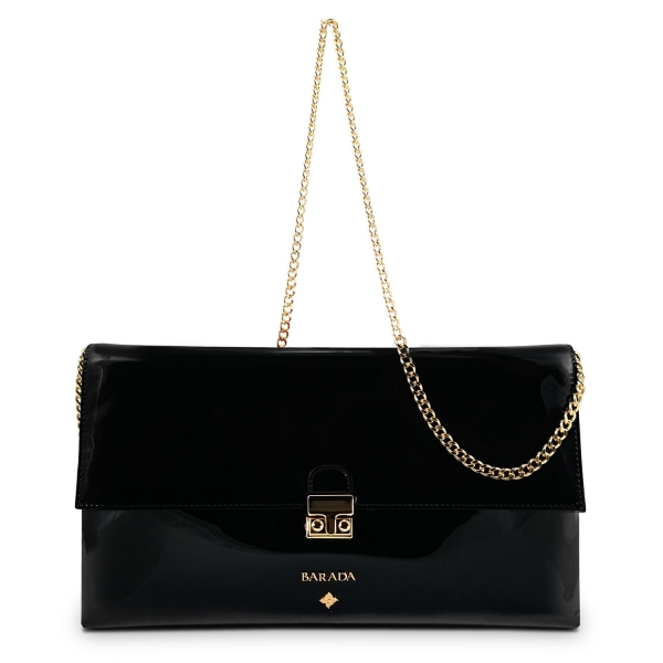 Clutch Handbag from our Dama Blanca collection in Patent Calf Leather and Black color. Without leather tassel