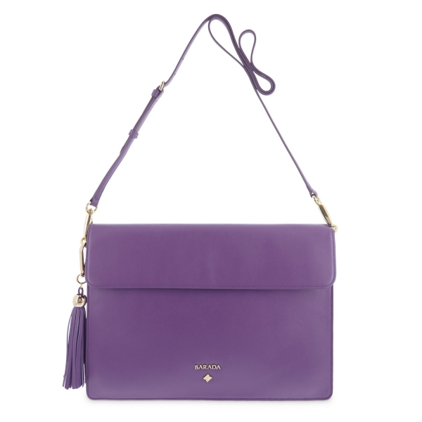 Messenger bag from Rea collection in Calf
